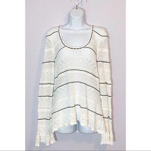 Venus Crochet Long Sleeve Blouse